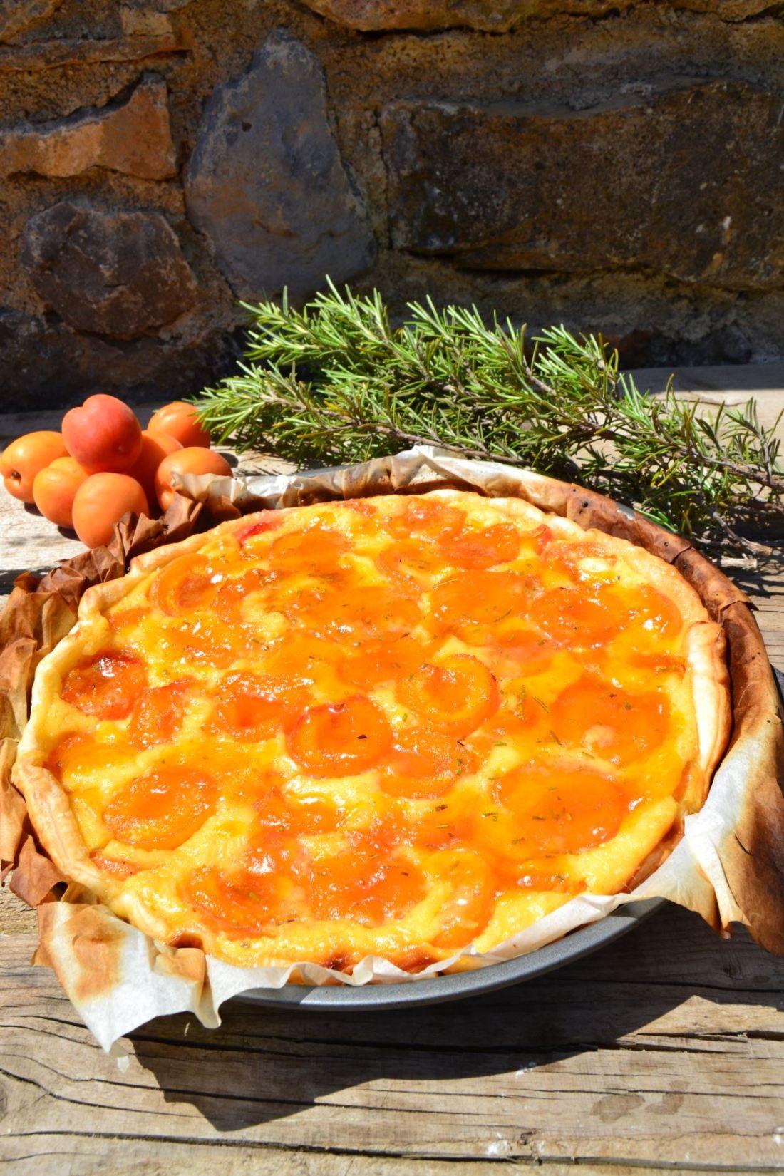 aprikosen-tarte-mit-rosmarin
