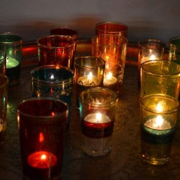Kerzen sorgen für eine beschauliche Atmosphäre