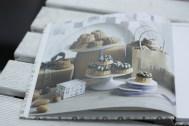 Hübsche vollformatige Fotos machen das Buch besonders schön