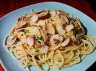 18 Zitronen-Spaghetti mit Knoblauch-Thymian-Champignons (vegan)