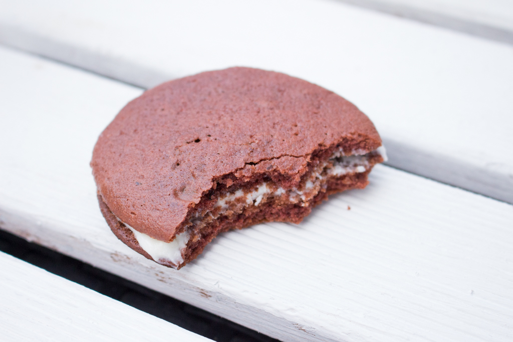 Red Velvet Whoopies 5