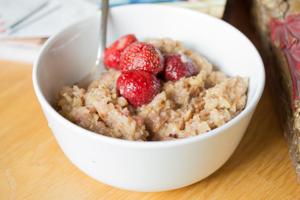 Das Rezept fürs Porridge findet ihr bereits auf Kochlie.be