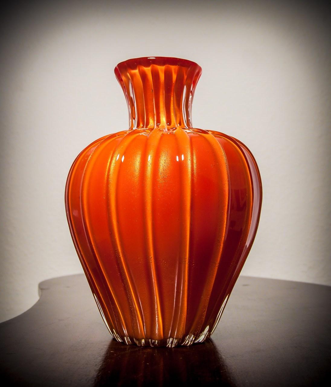Rare Corallo oro Vase by Archimede Seguso