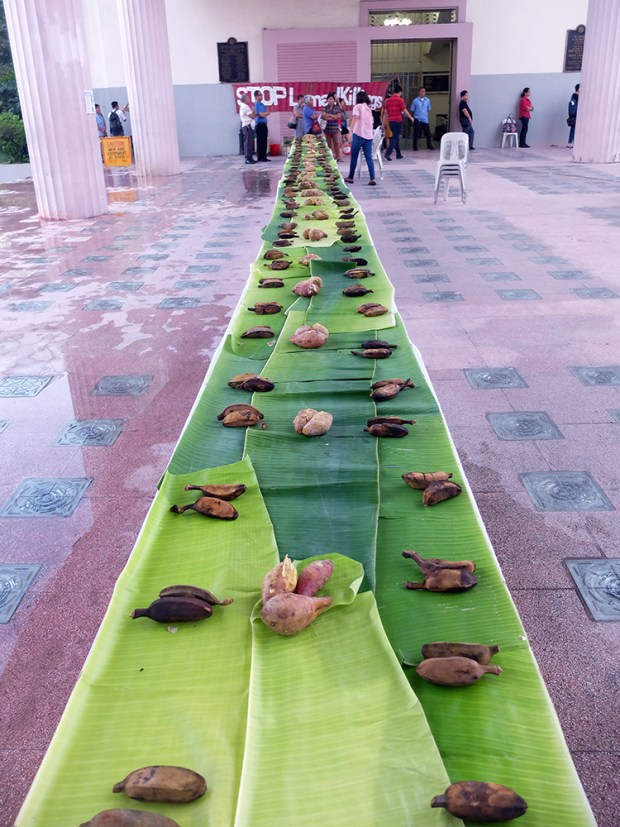 The Save Our Schools Network-UP Diliman Chapter prepared bananas and potatoes for a ceremonial boodle fight with the Lumad.