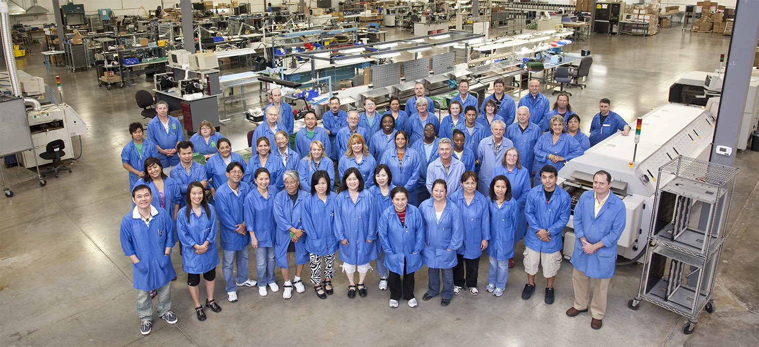 Kodiak-Assembly-Solutions-Electronic-Manufacturing-Employees-on-Factory-Floor
