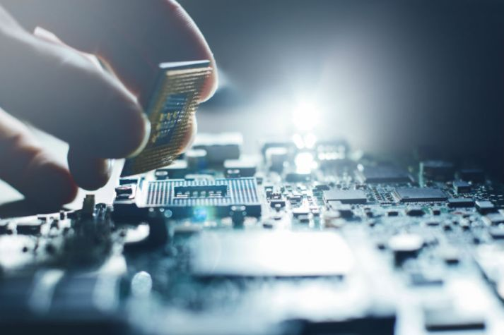 electronic-components-shortage-circuit-board