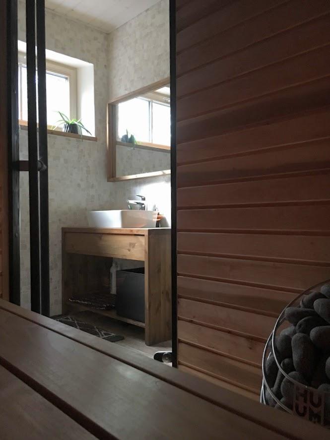 ise ehitatud saun