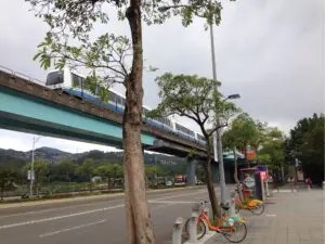 MRT文湖線動物園駅