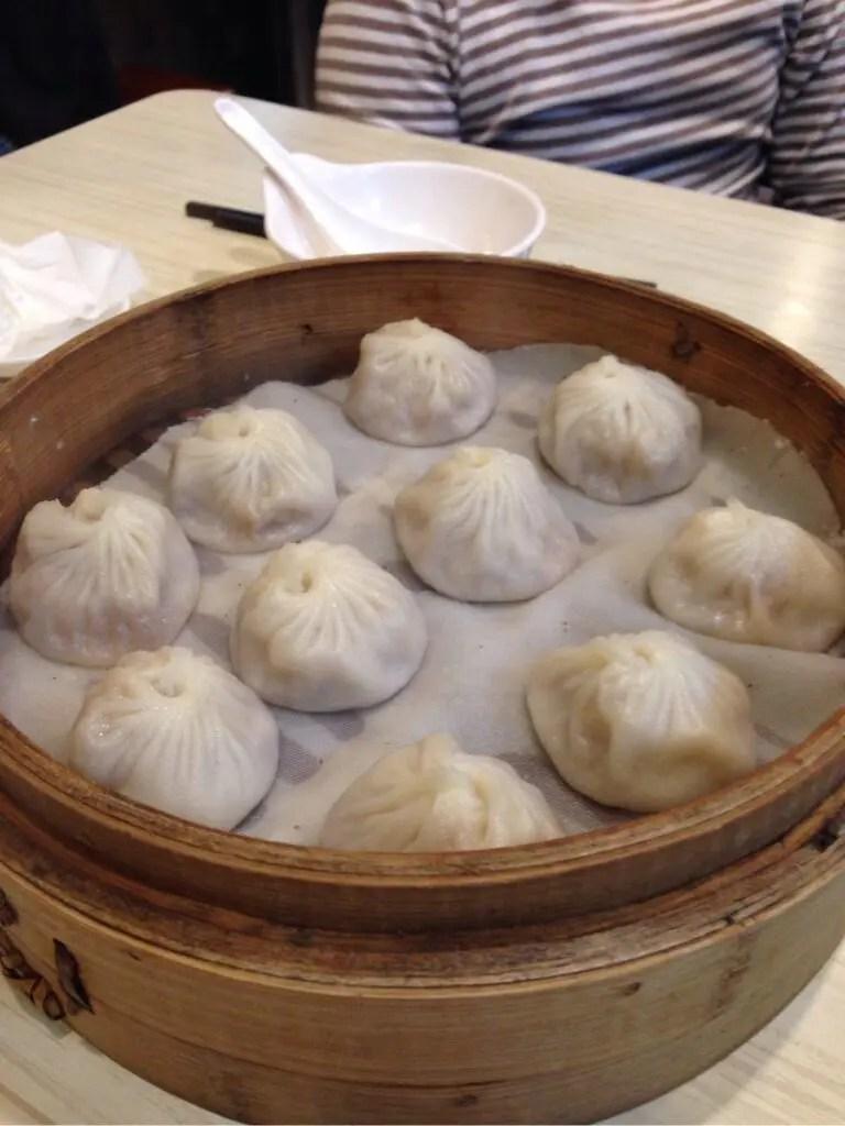 小上海の小籠湯包