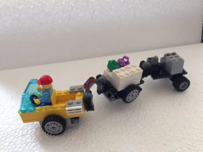LEGO空港荷物運搬車