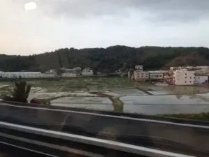 桃園空港MRTの車窓