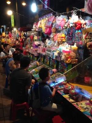 子連れにおすすめ!寧夏夜市のゲーム屋台を紹介〈遊び方・値段・景品〉