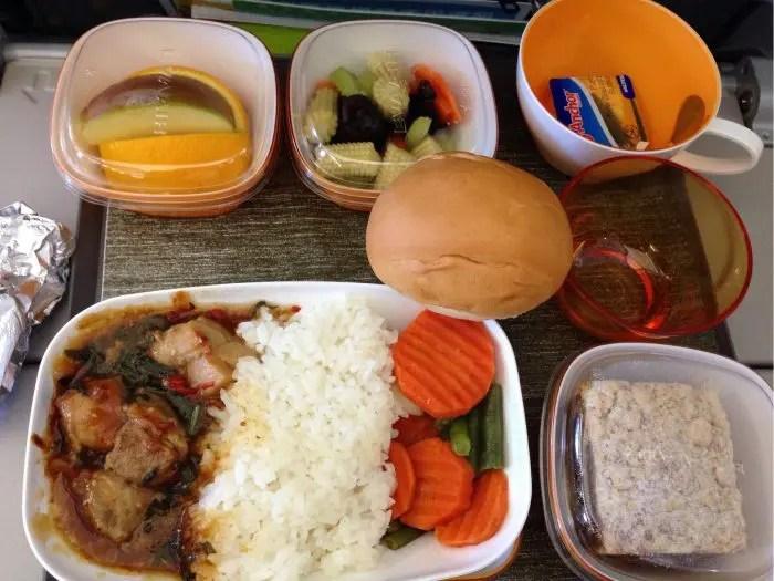 2017夏旅行記③初!エバー航空搭乗 機内食を食べない子どもたち。。