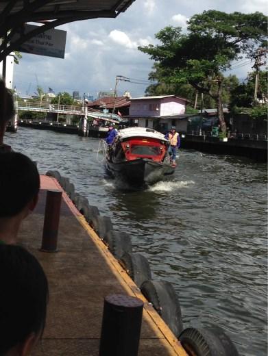水上バス「センセーブ運河線」