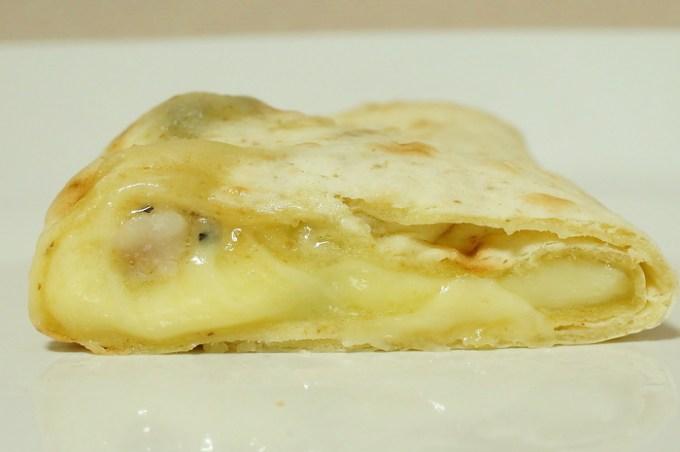 ブリトー パストラミベーコン&クワトロチーズ