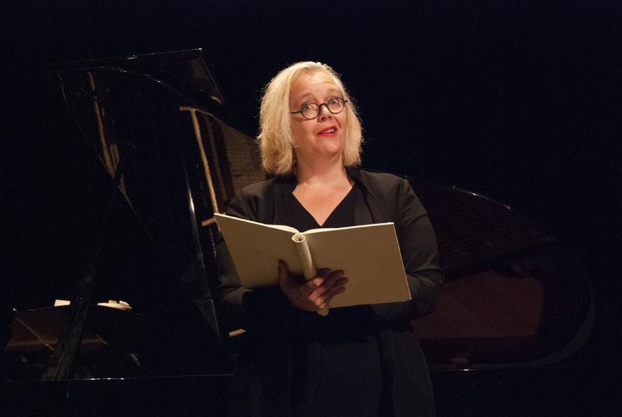 Sopranistin Nicola Müllers alias Nic LaMue zeigt die ganze Bandbreite ihres Könnens.