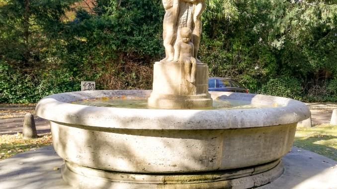 Der Puttenbrunnen in Marienburg