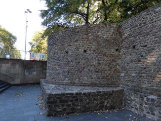 Lysolphturm – Eine typisch kölsche Geschichte
