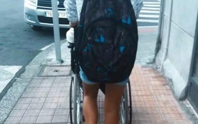 Cómo llevar la mochila correctamente en la vuelta al cole