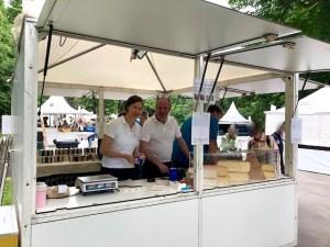 Susanne & Hardy Lohs an ihrem Stand beim GenussFestival 2018 im Stadtpark in Wien