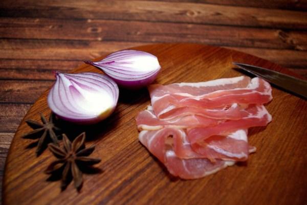 Bacon und Zwiebel