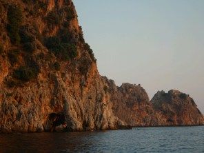 8. Alanya, The red rocks