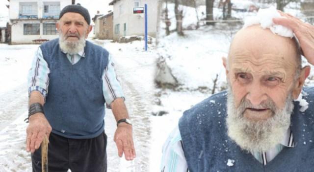 91 vjeçari merr abdes me uj të ngrirë, bora dhe akulli nuk i pengojnë të falet (VIDEO)