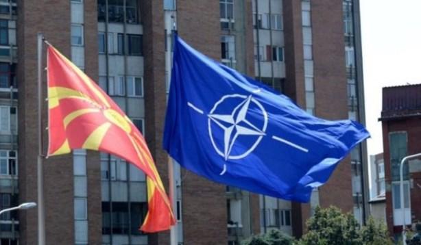 Nesër, flamuri i NATO-s para ndërtesës së Qeverisë së Shkupit