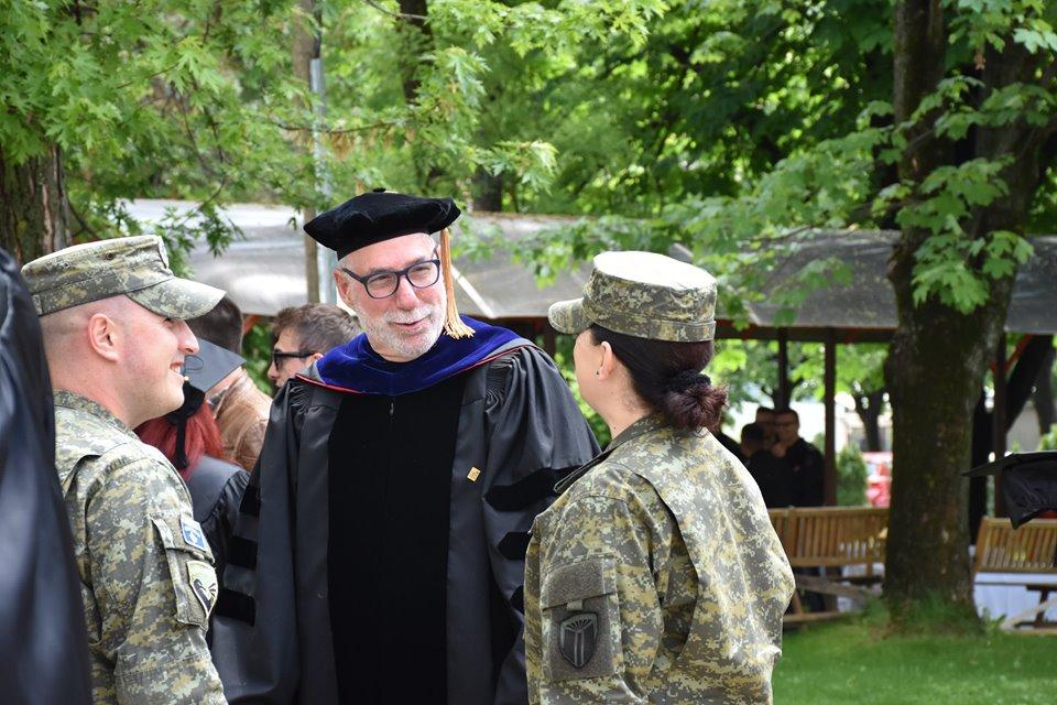 11 kadetë të FSK së diplomohen në nivelin Bachelor në Universitetin Amerikan