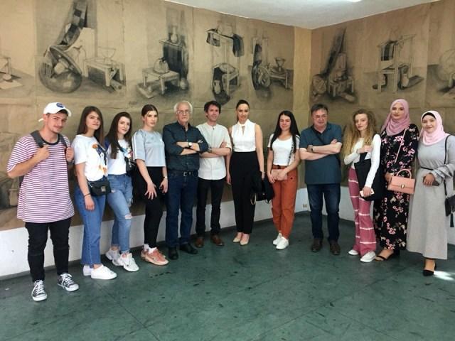 Studentët e programit studimor të Artit Figurativ të UT-së me ekspozitë të përbashkët e përmbyllën vitin akademik 2018/2019