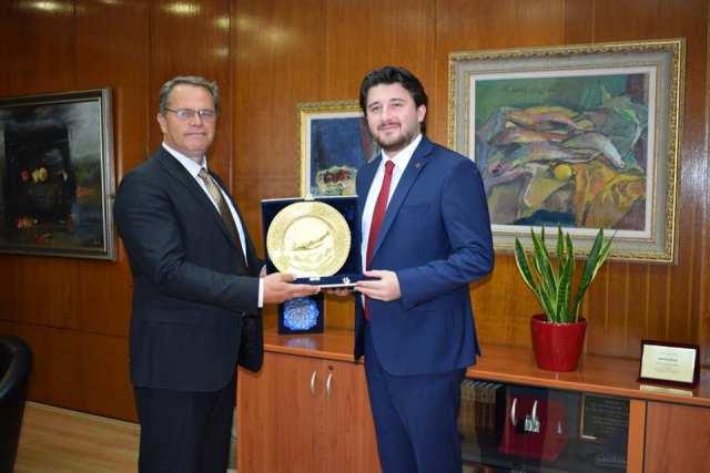Takimi i ministrit Ismaili me drejtorin e Qendrës Kulturore Turke, Kulla