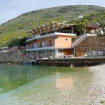 Dalin pamjet nga prishja e restorantit të Kokëdhimës (VIDEO)