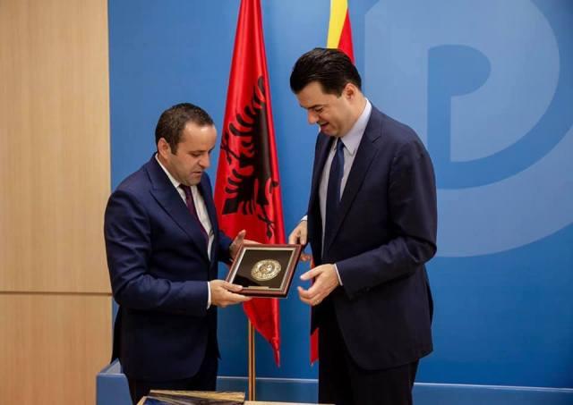 Ministri Xhemaili u takua edhe me kryetarin e PD-së, Lulzim Basha