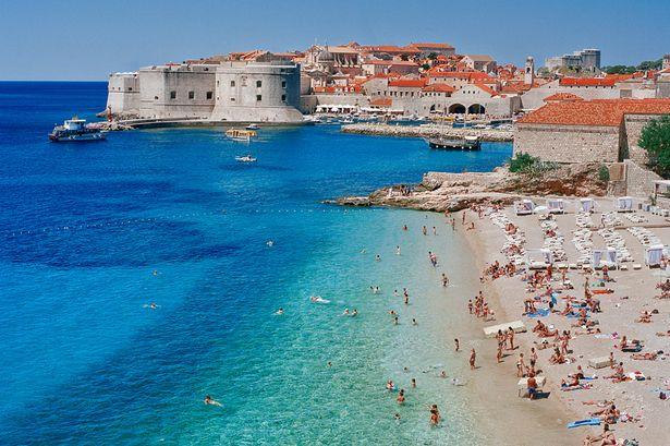 Kroacia po përgatit një padi kundër Hollandës për humbjet e turizmit