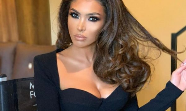 Këngëtari i njohur: Puthjen e parë do të doja t'ia jepja Nora Istrefit