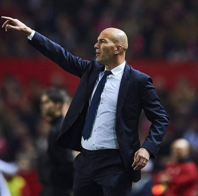 Zidane u pyet nëse dëshironte Mbappé, Haland apo Ronaldo. Ai dha përgjigjen e pritur