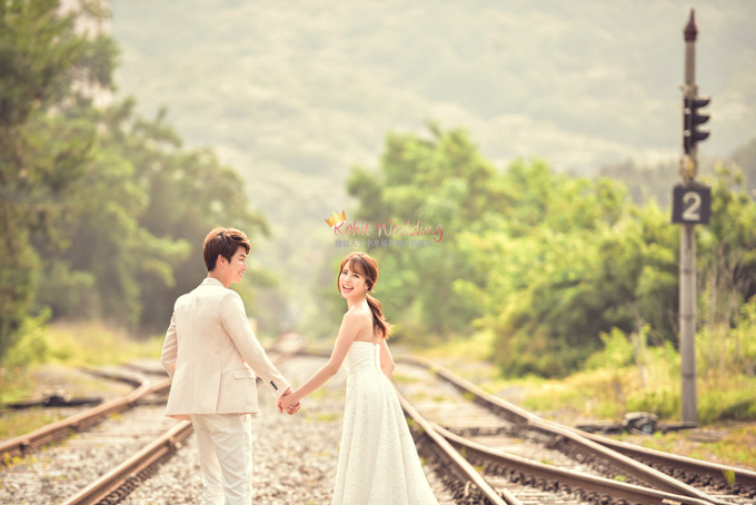 Kohit wedding prewedding in Korea - Nadri studio 52