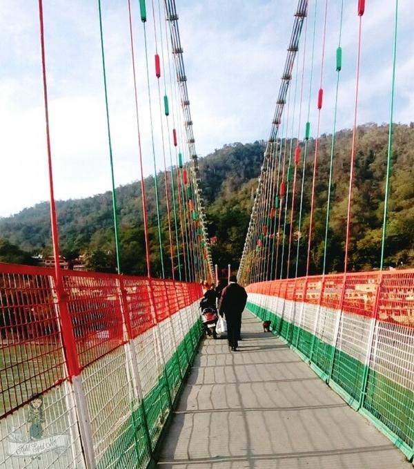 Lakshman Jhula Rishikesh - Lakshman Jhula Image - Lakshman Jhula Bridge