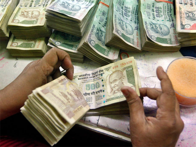 indian-currency-notes_650x488_51449117471
