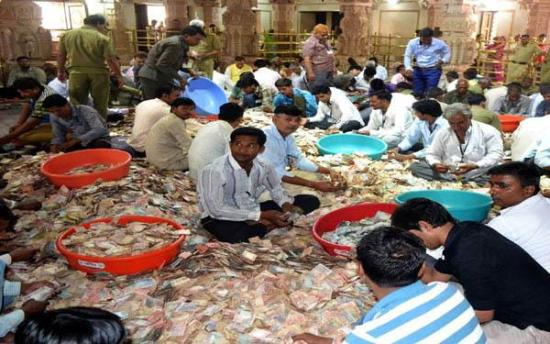 the-temple-offer-opium-smuggler-get-crores-of-cases