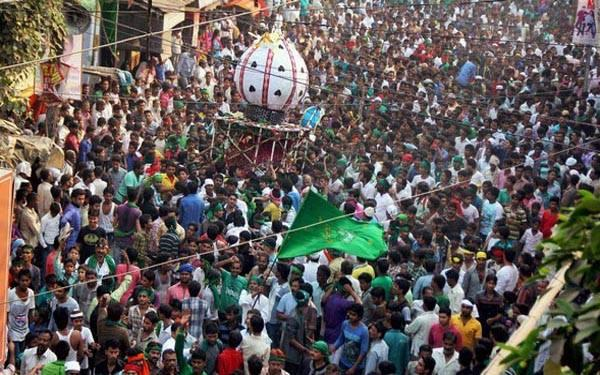 muharram is observed in the country 3 injured in bihar jharkhand death