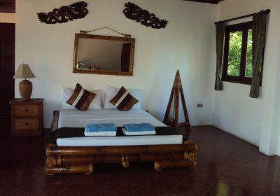 E4, Lom Talay Villas. Beachfront Thai Style Wooden Villa