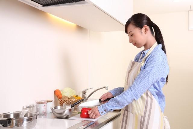 料理ができない彼女とは結婚できない?男性の本音を聞いてみた!