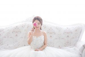 1516081621 300x200 - Pairs(ペアーズ)で結婚したことを明かす?明かさない?出会いのきっかけでトラブルにならないためには