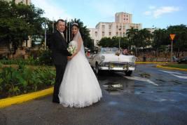 Nuptials in Cuba (Ko Im)