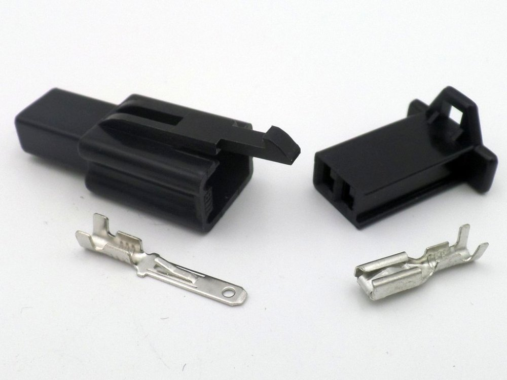 medium resolution of 8mm 2 way black mtw 12v motorcycle wiring loom cable connector on yamaha r wiring