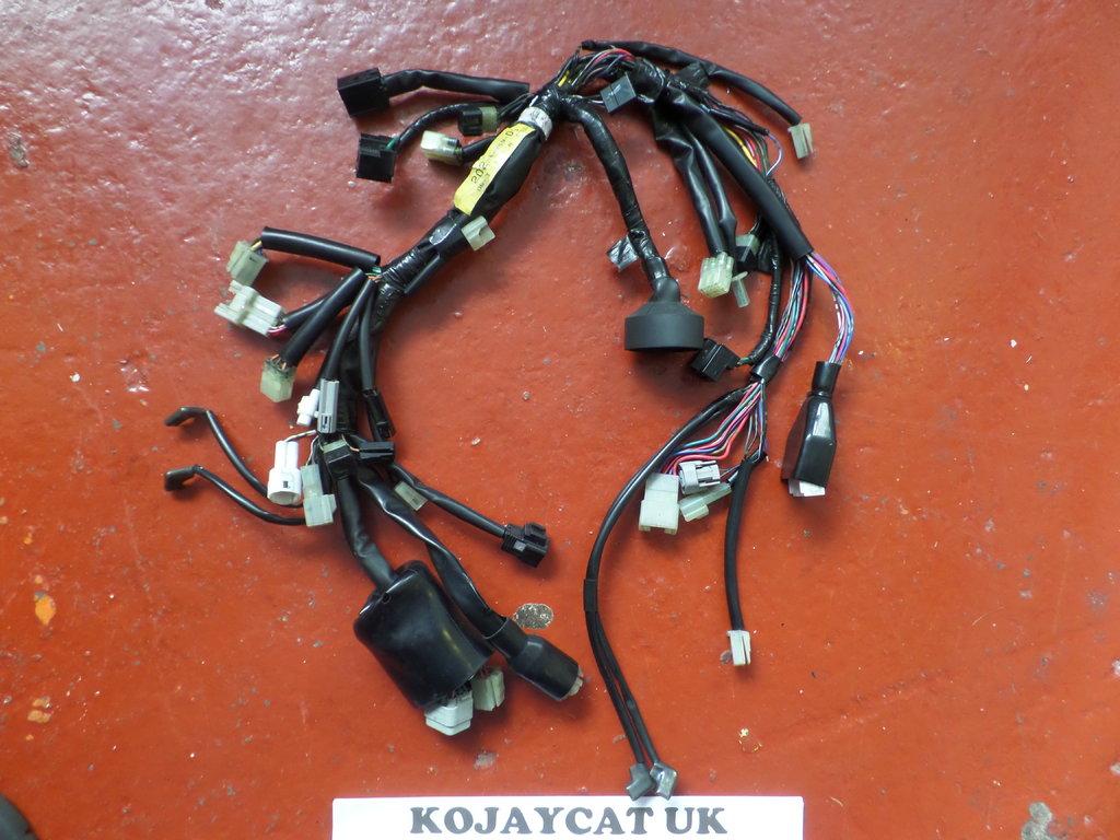 hight resolution of yamaha fjr1300 headlight speedo wiring loom 2d2 84359 00 used