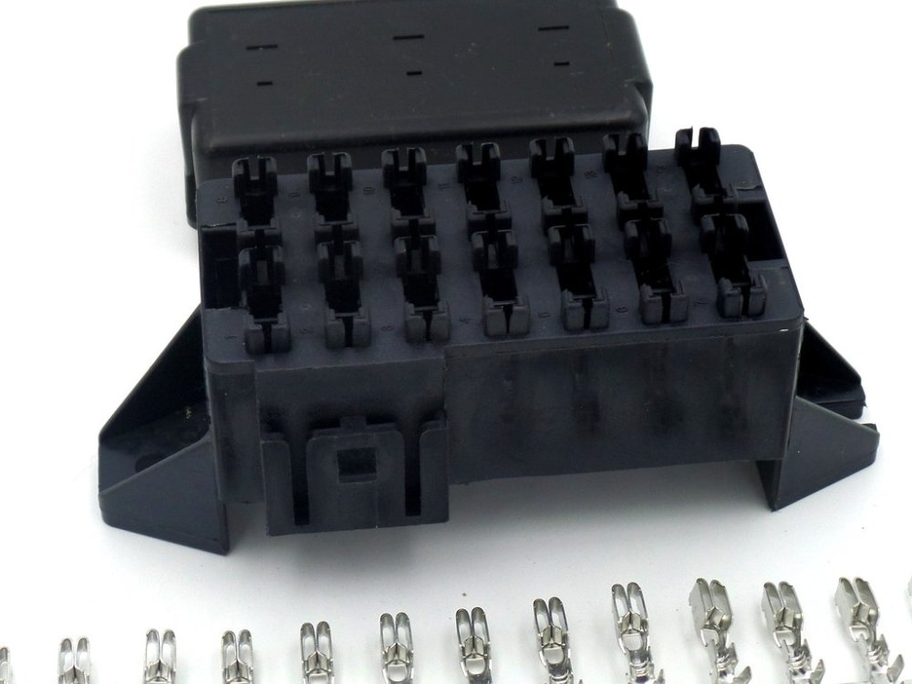 medium resolution of 14 way automotive bottom entry blade fuse box crimp terminals