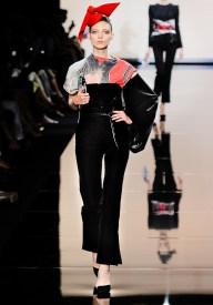 armani-prive-couture-fw-2011-005_105440387609
