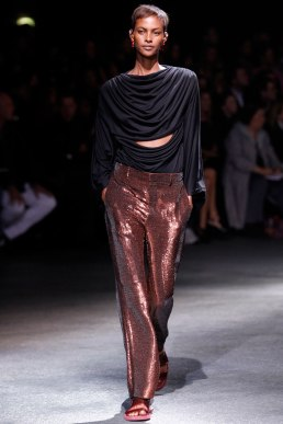 givenchy-rtw-ss2014-runway-24_182026779146